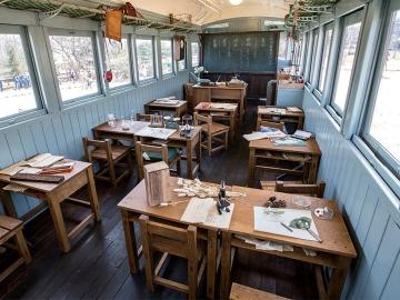 เที่ยวญี่ปุ่นตามรอยโต๊ะโตะจัง เด็กหญิงข้างหน้าต่าง