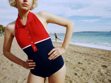 Aprilpoolday แบรนด์ไทยที่ออกแบบชุดว่ายน้ำแหวกขนบให้สาวๆ ใส่ออกไปเที่ยวได้