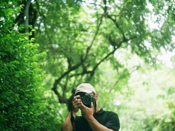 มายเดย์ ตาอู : จากเด็กชาวปกาเกอะญอสู่ช่างภาพสัตว์ป่าผู้บอกเล่าเรื่องราวผืนป่าสู่คนเมือง