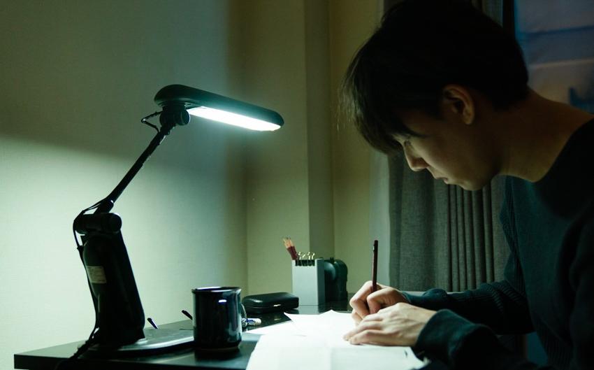 Million Yen Women : เมื่อนักเขียนหนุ่มไส้แห้งต้องอยู่ร่วมชายคากับ 5 สาวแปลกหน้าและเงินล้านเยน
