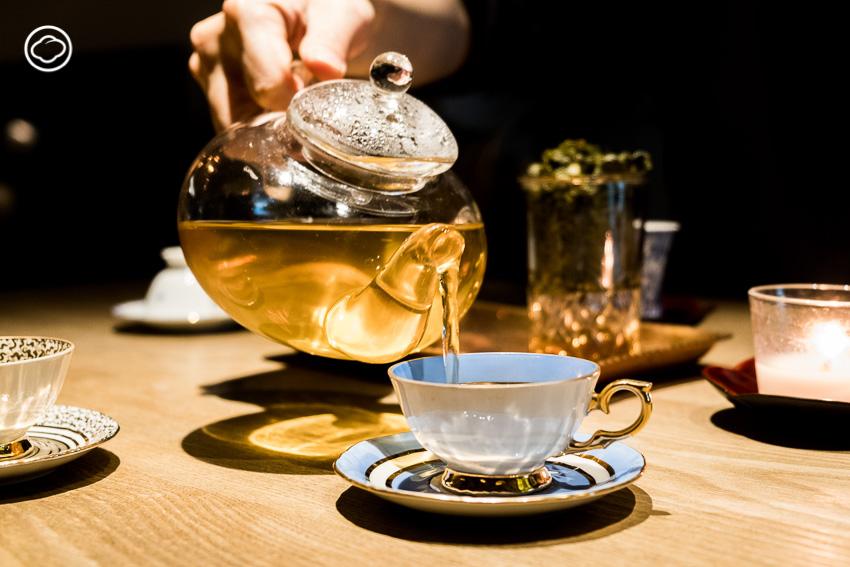 จิบชา