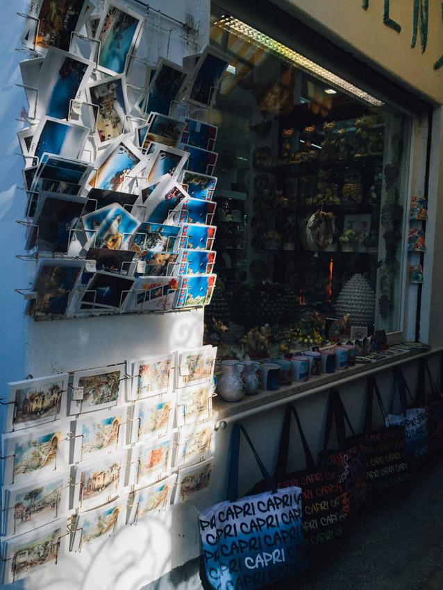 ร้านขายโปสการ์ด