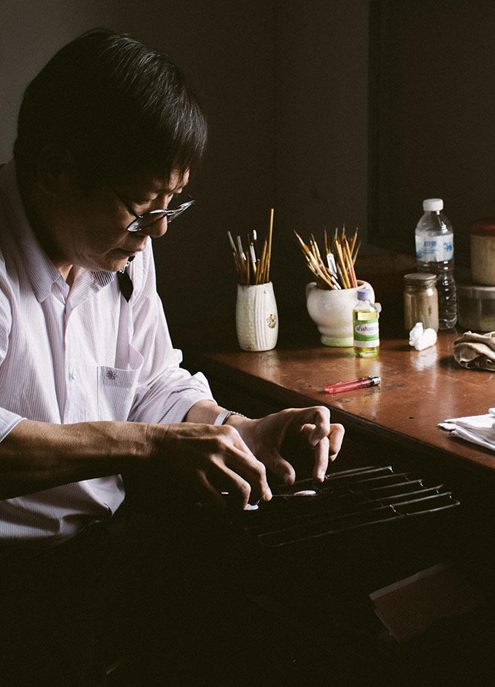 นางเลิ้งอ๊าร์ต : ตระกูลช่างทำจี้ล็อกเก็ตเจ้าแรกของเมืองไทย