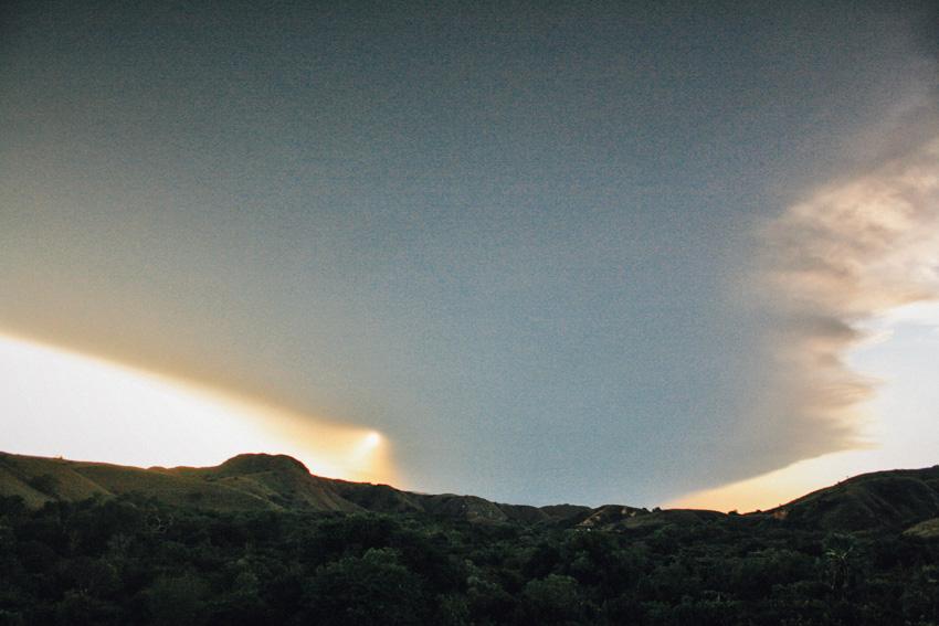 เมื่อฉันติดเกาะเพราะภูเขาไฟระเบิด