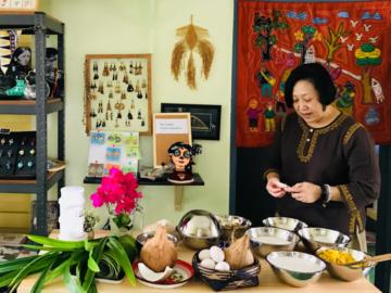 หวานนวล คิทเช่น สตูดิโอ ร้านและโรงเรียนสอนทำขนมไทยที่ใช้วัตถุดิบจากรั้วบ้านและใจปรุง