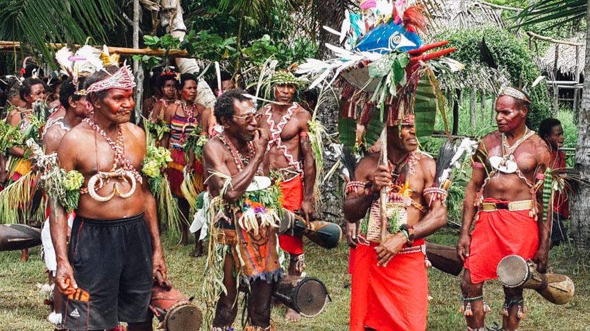 ชาวปาปัวนิกินี