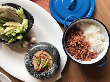 ร้าน Khao ร้านอาหารไทยที่เชฟคัดสรรวัตถุดิบและลงมือปลูกข้าวด้วยตัวเอง