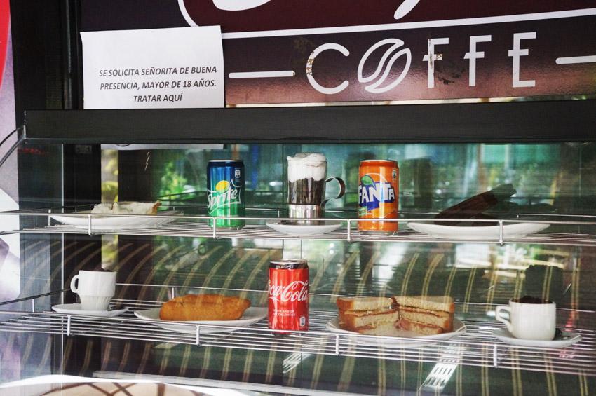 Café con Piernas