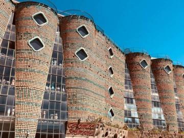 ลัดเลาะ เวทรี่ ซูล มาเร่ เมืองหลวงจานกระเบื้องและเครื่องเซรามิก แห่งแคว้นกัมปาเนีย (Campania)