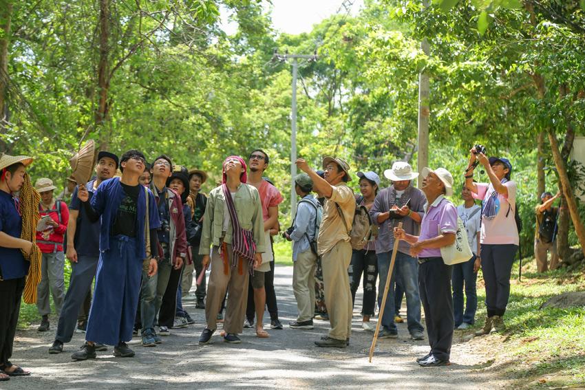 ตาม อ.จุลพร นันทพานิช ขึ้นดอยสุเทพเรียนรู้หลากวิชาก่อนขึ้นทะเบียนเป็นมรดกโลก