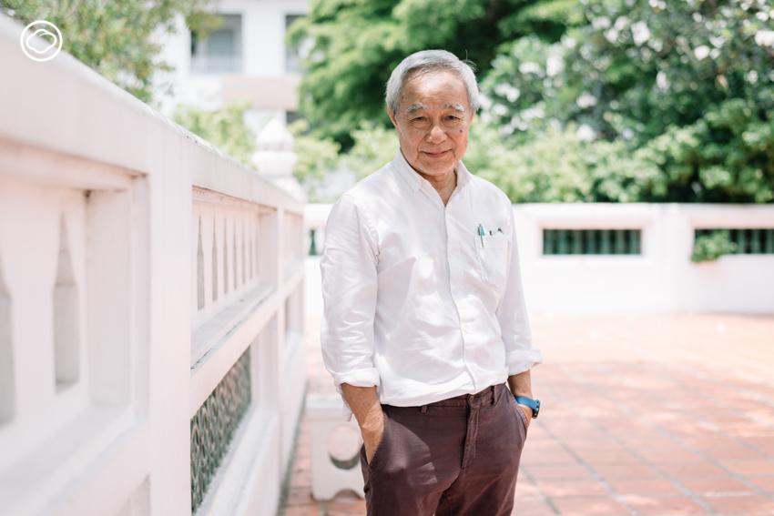 ศาสตราจารย์เกียรติคุณ ดร.สันติ เล็กสุขุม ราชบัณฑิต ประเภทวิชาสถาปัตยศิลป์ สาขาวิชาประวัติศาสตร์สถาปัตยกรรม