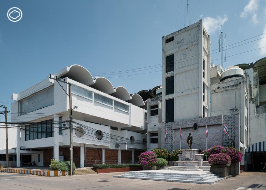 สนามม้านางเลิ้ง สนามกีฬาขวัญใจคออาชาของไทยที่พูดได้ว่าสวยตั้งแต่หลังคา
