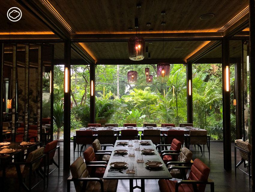 30 เรื่องสนุกที่เอาไว้เล่าให้เพื่อนฟังระหว่างกินอาหารไทยในร้าน Spirit Jim Thompson