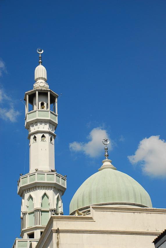 อิสลาม, อิหม่าม, มัสยิด, อัลกุรอาน, ดาวกับจันทร์เสี้ยว