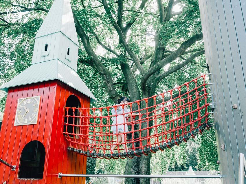 สนามเด็กเล่น, สวนสาธารณะ, เด็ก, ต่างประเทศ, โคเปนเฮเกน, เดนมาร์ก, ชื่นใจ ภูมิรัตน, Playground with Towers, ฤดูร้อน, หอคอย