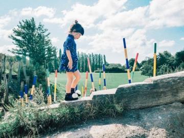 ตามเด็กหญิงชื่นใจไป 5 สนามเด็กเล่นดีไซน์สนุกกลางสวนในยุโรป