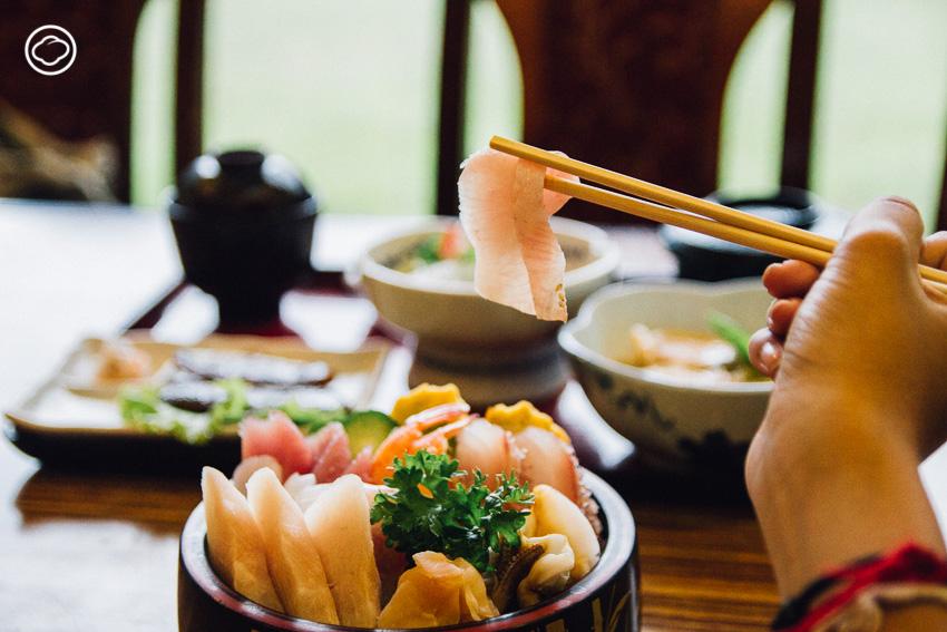 ย่านญี่ปุ่น กรุงเทพ, คาเฟ่ สุขุมวิท, ร้านออนเซ็น สุขุมวิท,Japanese town