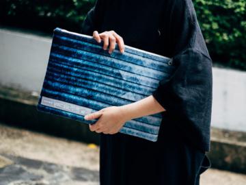 ARTWORK แบรนด์กระเป๋าผ้าดีไซน์เก๋ที่ทำจากขวดน้ำพลาสติก 100%
