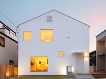 เคาะประตูเยี่ยม MUJI House บ้านที่ไม่มีห้อง เต็มไปด้วยช่อง และสร้างสำเร็จรูปจากโรงงาน