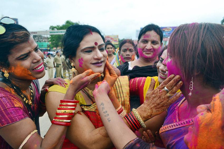 อินเดียยกเลิกกฎหมายห้ามรักร่วมเพศ