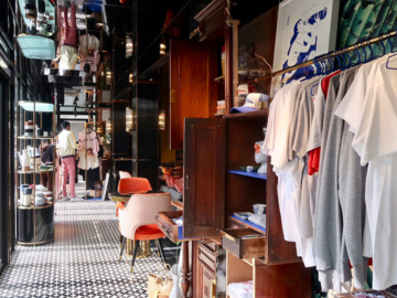 บ้าน, The Only Market Bangkok