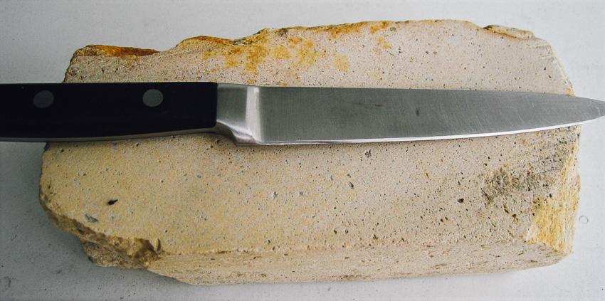 มีด, ประวัติศาสตร์, หินลับมีด