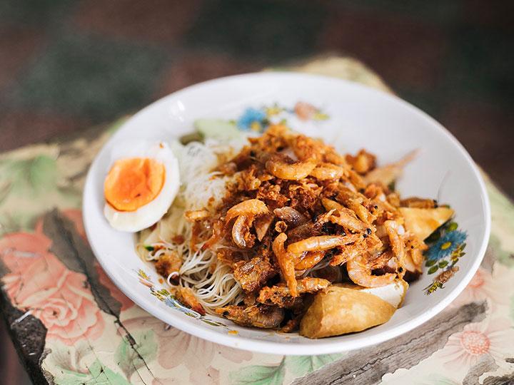 ตามรอยร้านอร่อย อิ่มทริป 02 : กินนอนนครใน ไปกินอาหาร 9 มื้อเพื่อทำความรู้จักเมืองสงขลา