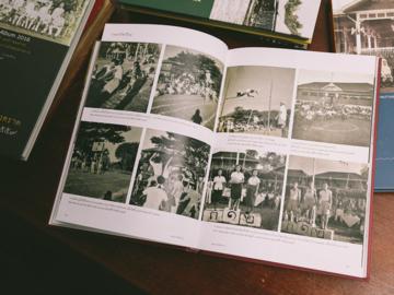 คนชุดแรกของไทยที่ลงชุมชนทำสำเนารูปถ่ายในอดีตมาบันทึกเป็น 'สมุดภาพประจำจังหวัด'
