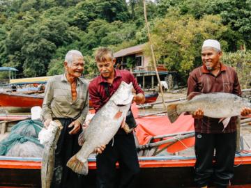 Fisherfolk ร้านขายอาหารทะเลที่ดูแลการผลิตตั้งแต่บนเรือจนถึงเชลฟ์ และเสิร์ฟพร้อมเรื่องราวของชาวประมงรักษ์ทะเล