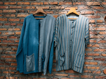 แก้ววรรณา แบรนด์ผ้าม่อฮ่อมที่ย้อมผ้าสีธรรมชาติ 100% มาตลอด 20 ปี
