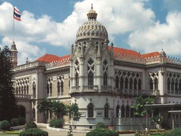 จากบ้านนรสิงห์ของข้าราชสำนักคนสำคัญสมัยร.6 สู่ตึกไทยคู่ฟ้า ทำเนียบรัฐบาลคู่การเมืองไทย