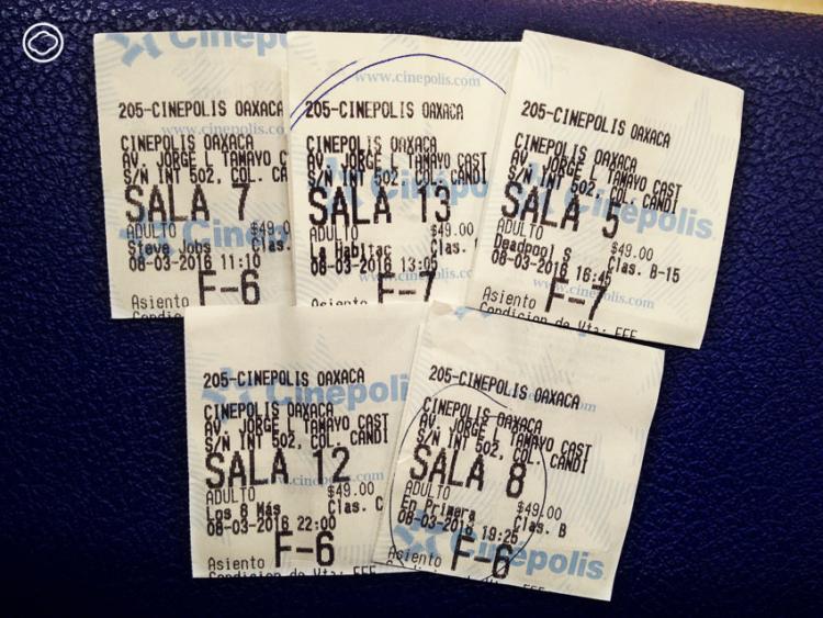 ประสบการณ์การเดินทาง ไปดูหนังกลางแปลงฝรั่งที่สหรัฐฯ ดูไปกินอาหารไปที่เม็กซิโก ดูแบบสุ่มที่นั่งในเอลซัลวาดอร์และดูหนังที่หาไฟล์เสียงภาษาอังกฤษไม่ได้ที่ปานามา