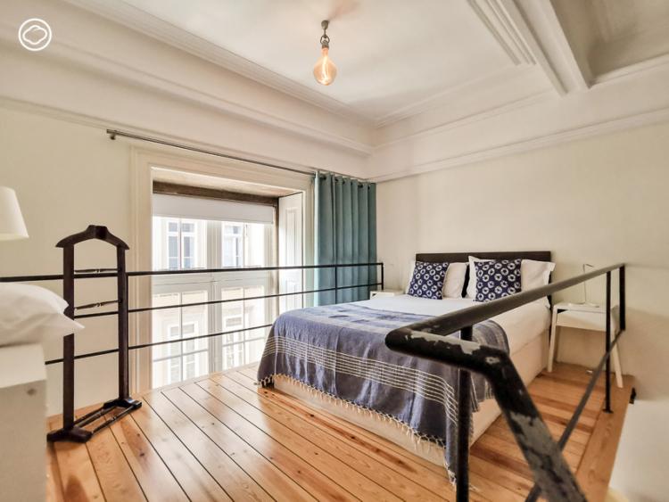 Passenger Hostel โรงแรมจากอาคารการรถไฟในสถานีรถไฟเก่าแก่ของเมืองปอร์โต้ที่ยังใช้งานอยู่จริง