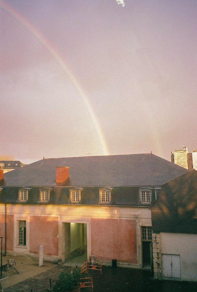 บันทึกชีวิตและความรู้สึก 1 ปี กับ 3 ฤดู ในปารีส บนภาพฟิล์มสี 34 ม้วน