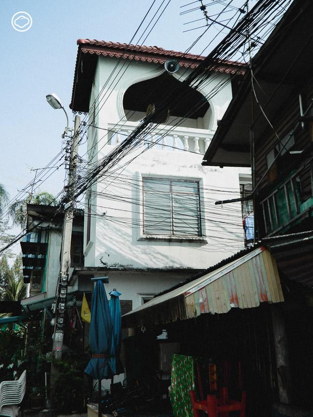 มัสยิดหนึ่งเดียวในไทยที่สร้างด้วยสถาปัตย์วัดพุทธจนคนไทยพุทธหลงยกมือไหว้