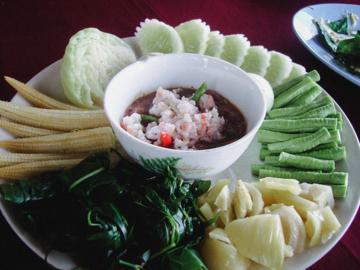 น้ำพริก เครื่องจิ้มตำกินง่ายแต่สมัยโบราณ อาหารจำเป็นของคนไทยตั้งแต่เจ้านายยันราษฎร