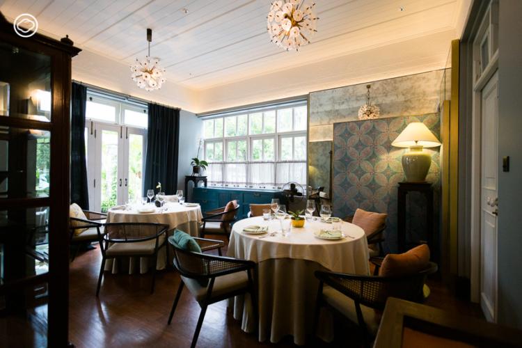 บ้านดุสิตธานี : คาเฟ่ ร้านอาหาร และบาร์ ในบ้านเก่าเกือบร้อยปีใจกลางศาลาแดง