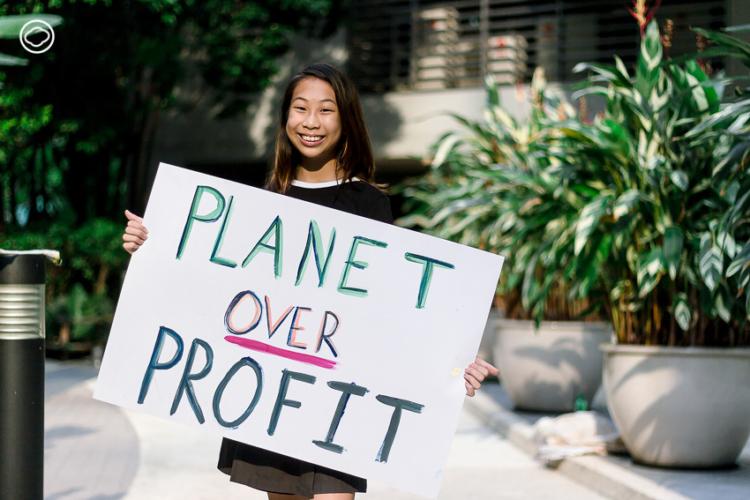 ลิลลี่-ระริน สถิตธนาสาร นักเคลื่อนไหววัย 12 ที่ชวนผู้ใหญ่ร่วมหาทางออกเรื่อง Climate Change
