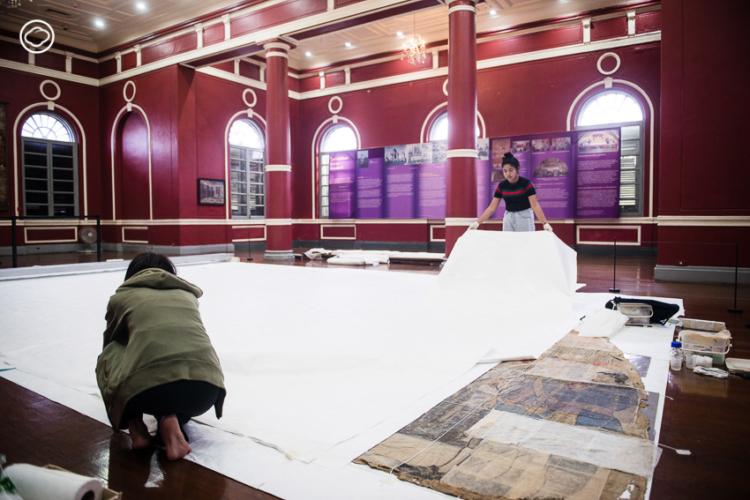 ชวนดูการซ่อมภาพครั้งใหญ่ที่สุดในไทย ภาพร่างขนาด 1:1 ของภาพใต้โดมพระที่นั่งอนันตฯ ที่หอศิลป์เจ้าฟ้า