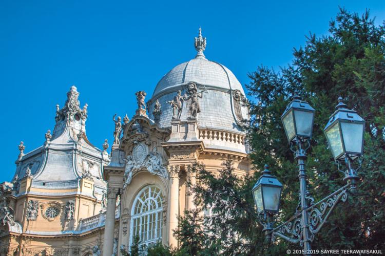 ตามรอย รัชกาลที่ 5 เสด็จประพาสฮังการี ดูแฟชั่นโชว์ม้า และขึ้นรถไฟใต้ดินสายแรกในยุโรป เมื่อ 122 ปีที่แล้ว