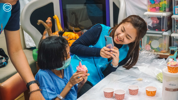 โรงพยาบาลมีสุข เยียวยาผู้ป่วยเด็กนับพัน ด้วยการชวนอาสาสมัครไปสร้างพื้นที่แห่งความสุขในโรงพยาบาล
