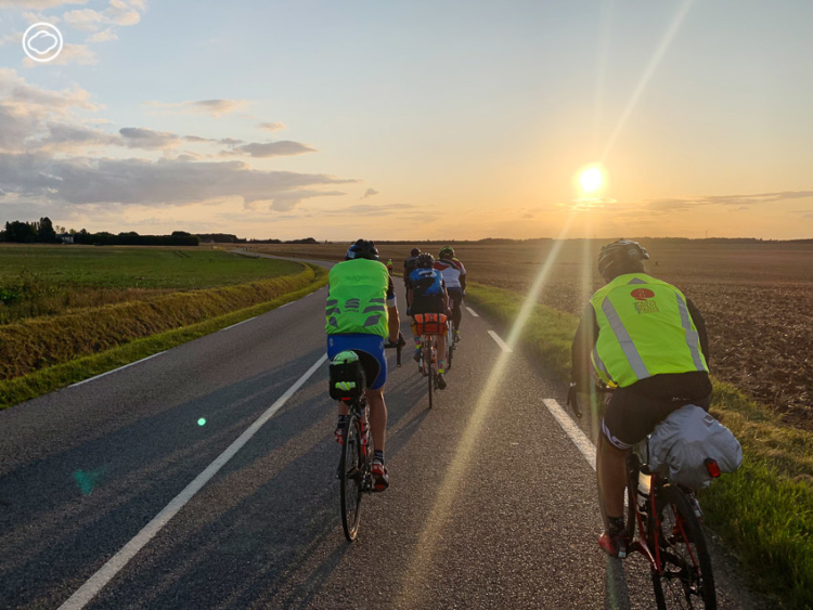 วิชญ์ พิมพ์กาญจนพงศ์ กับการเดินทางด้วยจักรยานที่พาเขาไปเห็นโลกอีกใบที่ไม่เคยเห็นมาก่อน