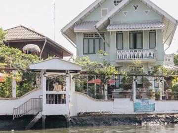 บ้านหลวงประสิทธิ์ เปลี่ยนบ้านร้อยปีเป็นที่พักริมคลองบางหลวงที่อบอุ่นที่สุดในฝั่งธนฯ