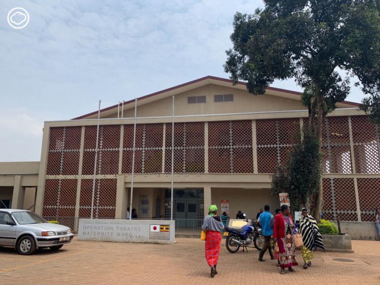 บันทึกฝึกงานของเด็ก ป.โท ผู้ไปศึกษาระบบสาธารณะสุขและวิจัย HIV ที่ รพ. บนภูเขา ประเทศยูกันดา