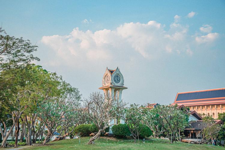 วชิราวุธวิทยาลัย โรงเรียนมหาดเล็กหลวงที่ถอดแบบการศึกษาจากอังกฤษ
