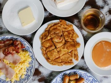 16 เมนูพิเศษที่ต้องกินในเกาะรัตนโกสินทร์