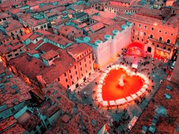ตามหาเมืองแห่งวาเลนไทน์ที่แท้จริงของอิตาลี ที่เป็นบ้านเกิดและที่ตายของนักบุญวาเลนไทน์