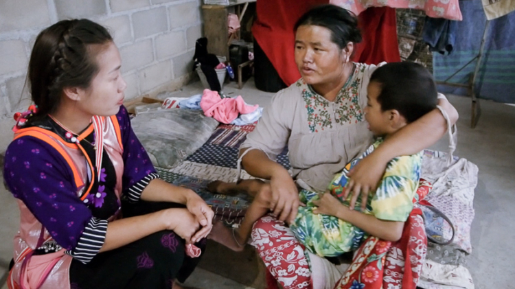 วิวัฒน์ ตามี่ คนชนเผ่าที่ทำโครงการล่ามชุมชนเพื่อช่วยให้คนชนเผ่าในเชียงรายเข้าถึงบริการด้านสุขภาพ