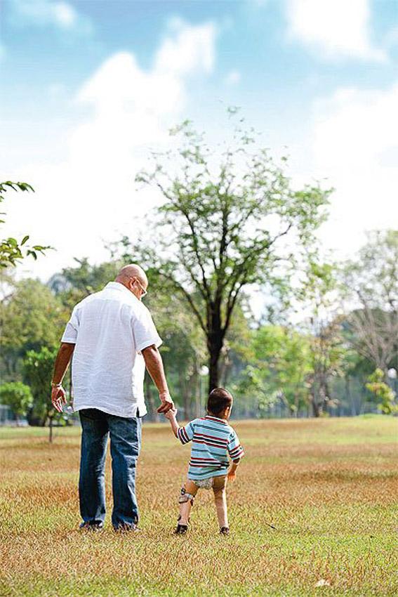 Zy Movement ความเท่าเทียมของผู้พิการทางร่างกายที่เกิดจากพ่อผู้อยากเห็นลูกเติบโตอย่างภาคภูมิ