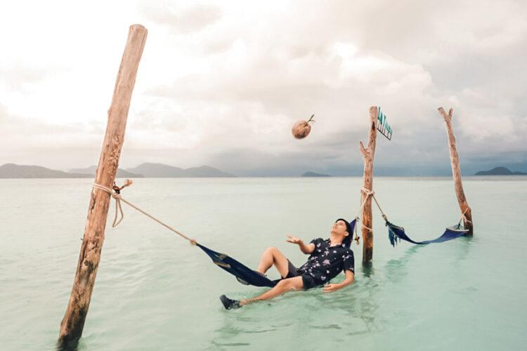 บาส ภาณุภัทร์ สุกัลยารักษ์ เจ้าของเพจ Go Went Go ผู้ปกป้องอู่ข้าวอู่น้ำด้วยการทำแคมเปญ #saveการท่องเที่ยวไทย